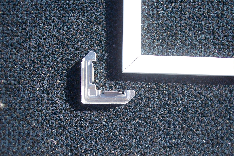We use internal aluminum corners instead of plastic corners that break!